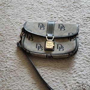 Dooney & Bourke Black and Cream Wristlet